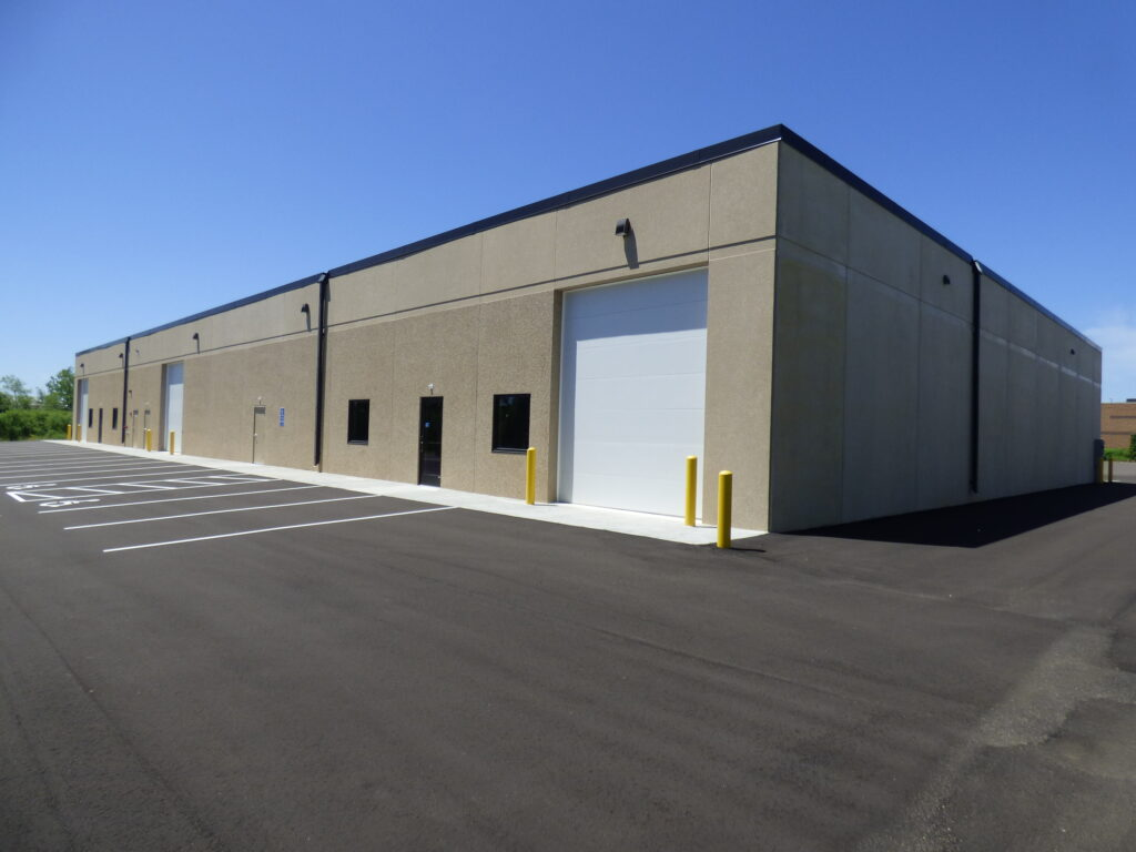 Office Warehouse building by Appro - 21225 Hamburg Ave
