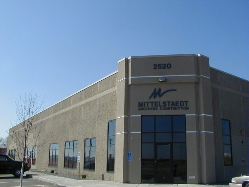 Rosemount Business Park office warehouse by APPRO