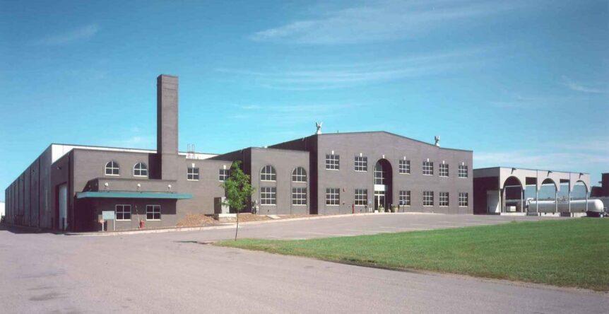 Final - Progressive Rail Exterior of final office warehouse project by APPRO Development