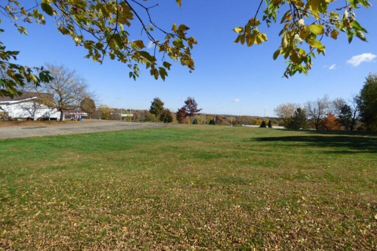 Potential Retail Site For Sale: Burnsville, MN