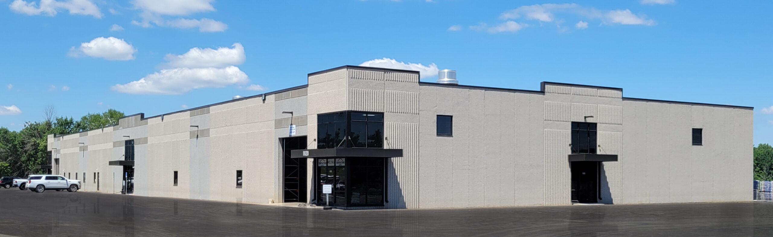 Concrete Tip Up Panel Office Warehouse Spec Building Lakeville MN by Appro Development-01