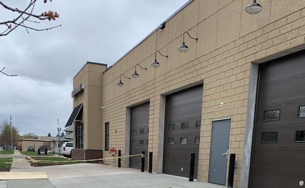 EZ Auto Farmington MN - New Building Addition by APPRO Development