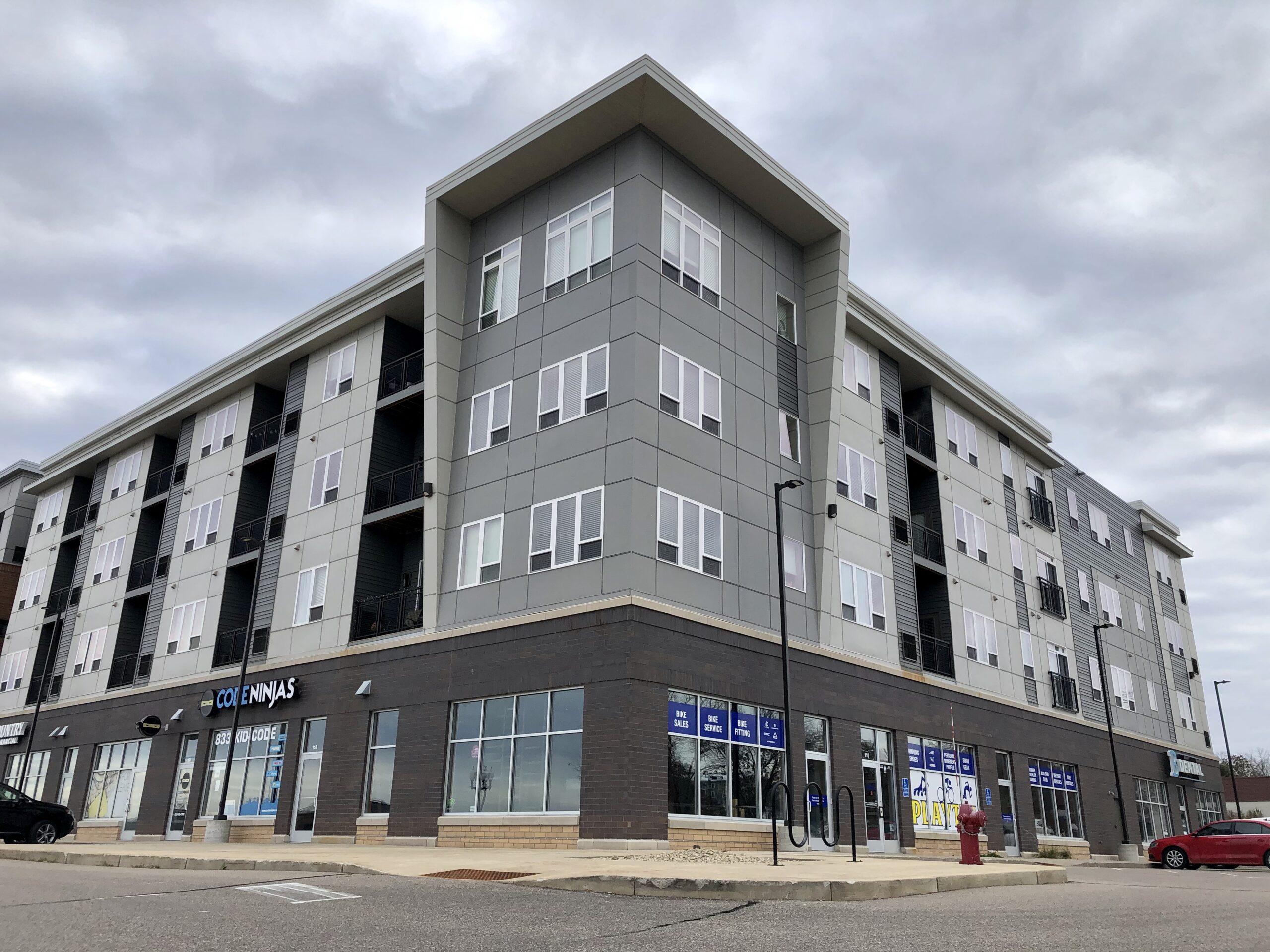 The Flats at Cedar Grove - Exterior Building