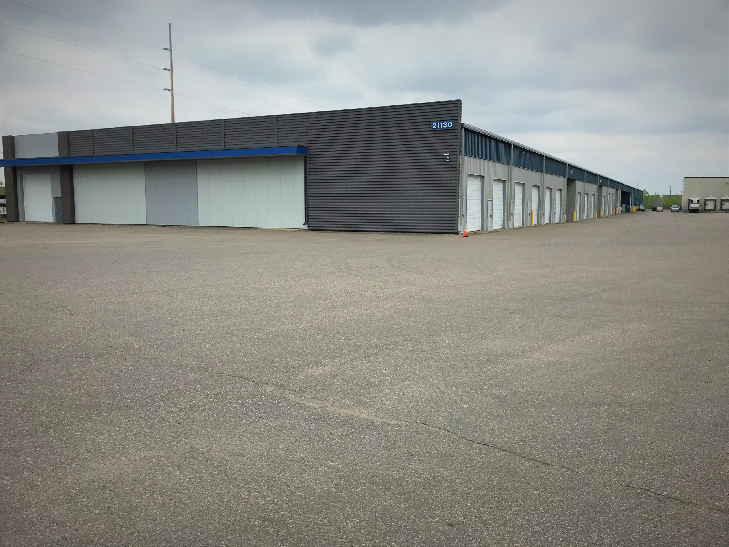 Individual Warehouse Bays Available in South Metro MN-02